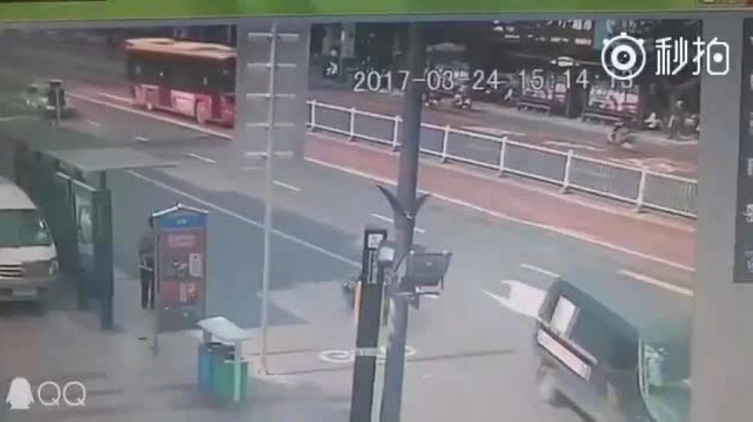 Sinkholes can be very dangerous. Luckily, the driver of the second bus knew something was going to give
