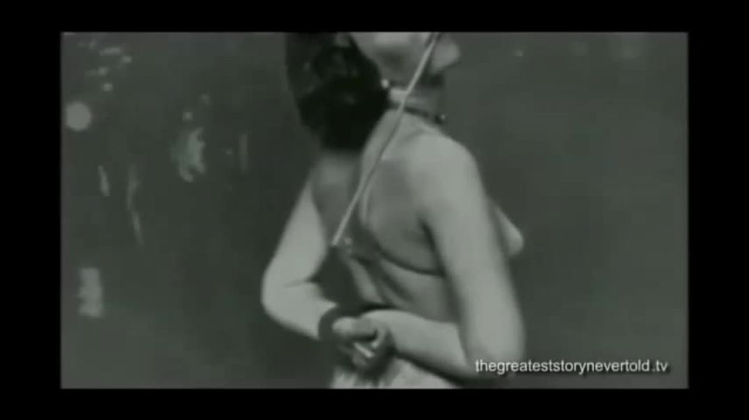 Hitler cleans up perverted Berlin in under 3 minutes