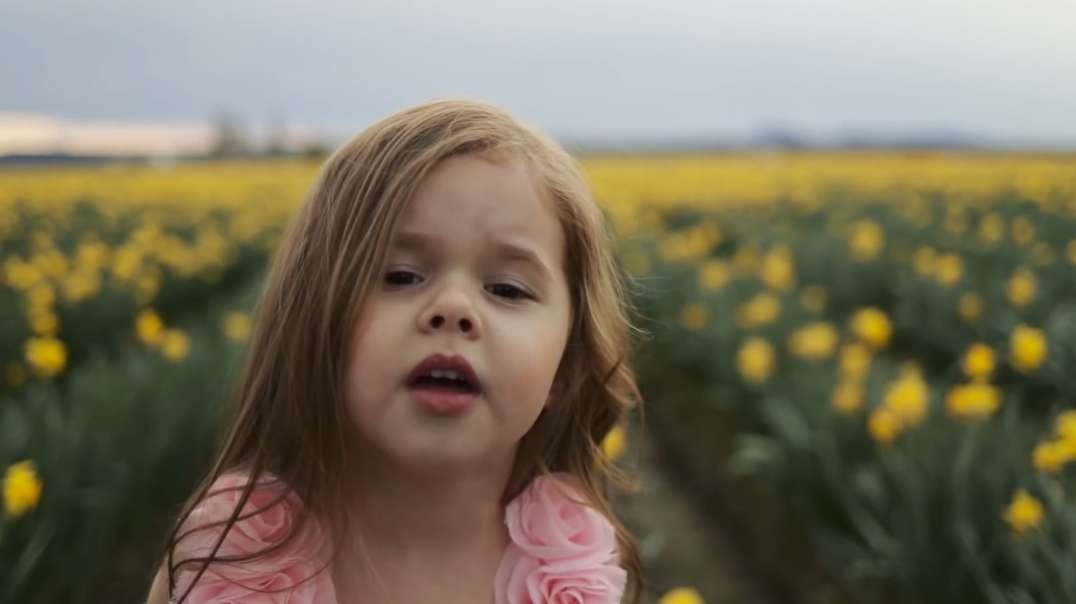 Beautiful Savior - Easter Hymn by Claire Ryann at 4-Years-Old #PrinceOfPeace