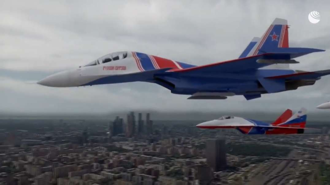 Impressive view of the Russian air parade for the ⭐️75th anniversary of Victory