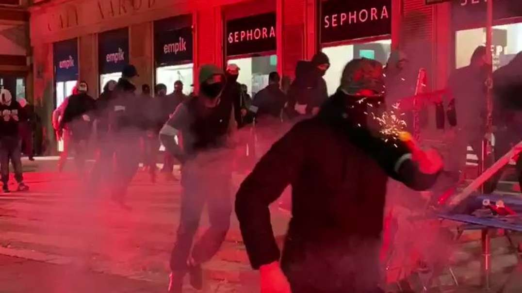 Polish nationalists starting to attack abortion advocates in Poland.