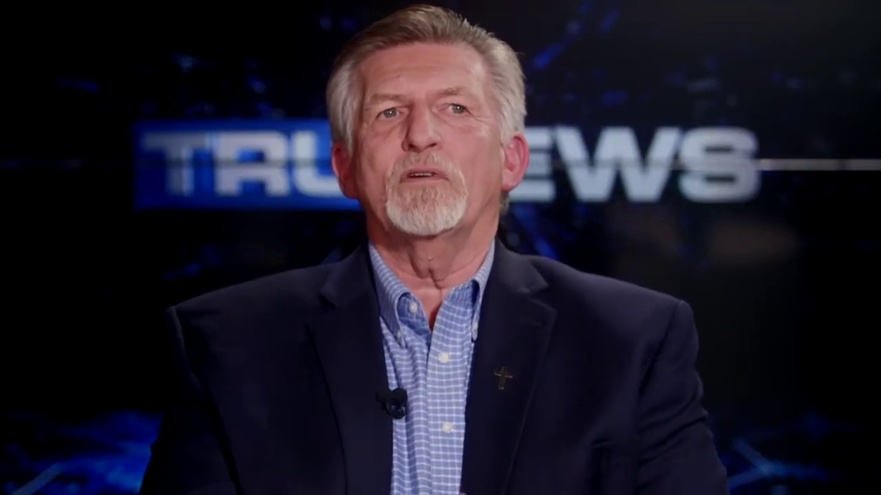 TRU News' Rick Wiles on the possibility of martial law in certain states (US elections)