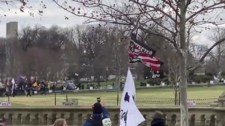 STORMING THE CAPITOL. RIGHT AFTER TRUMP'S SPEECH, IT'S ON! IS IT A DISGUISED ANTIFA ATTACK?