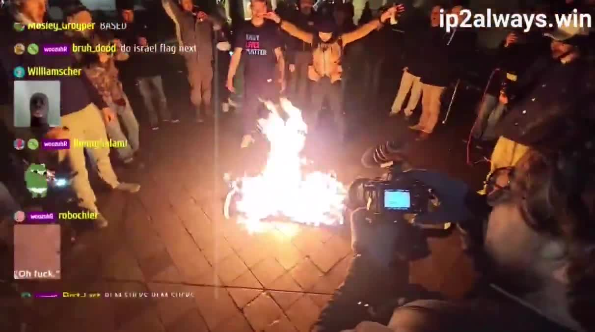 Cops break up a BLM flag burning tonight in DC like it was a terrorist attack, but they let communist burn Old Glory with no issue!