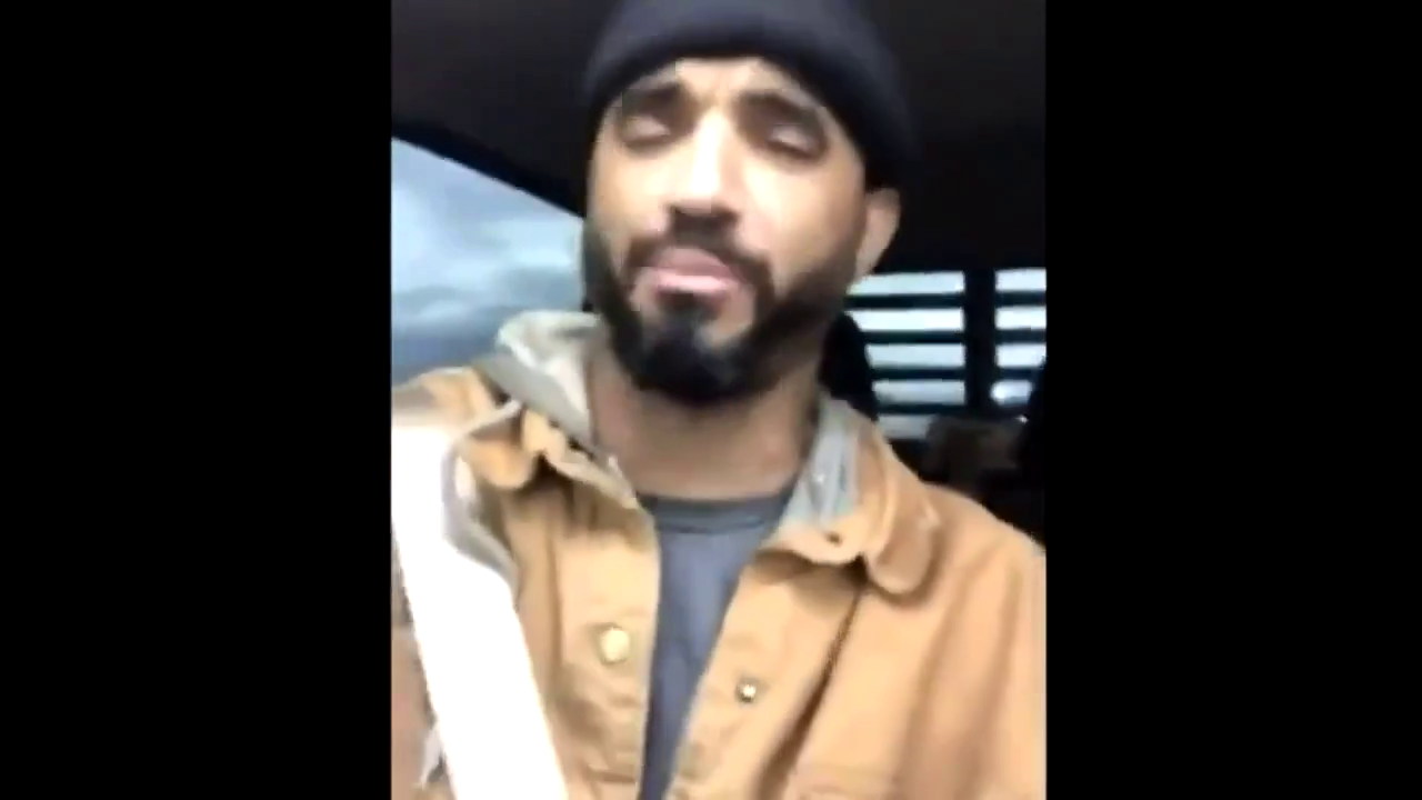 Mr. BLM Scum live stream chase after burning the Mason County Courthouse in Texas