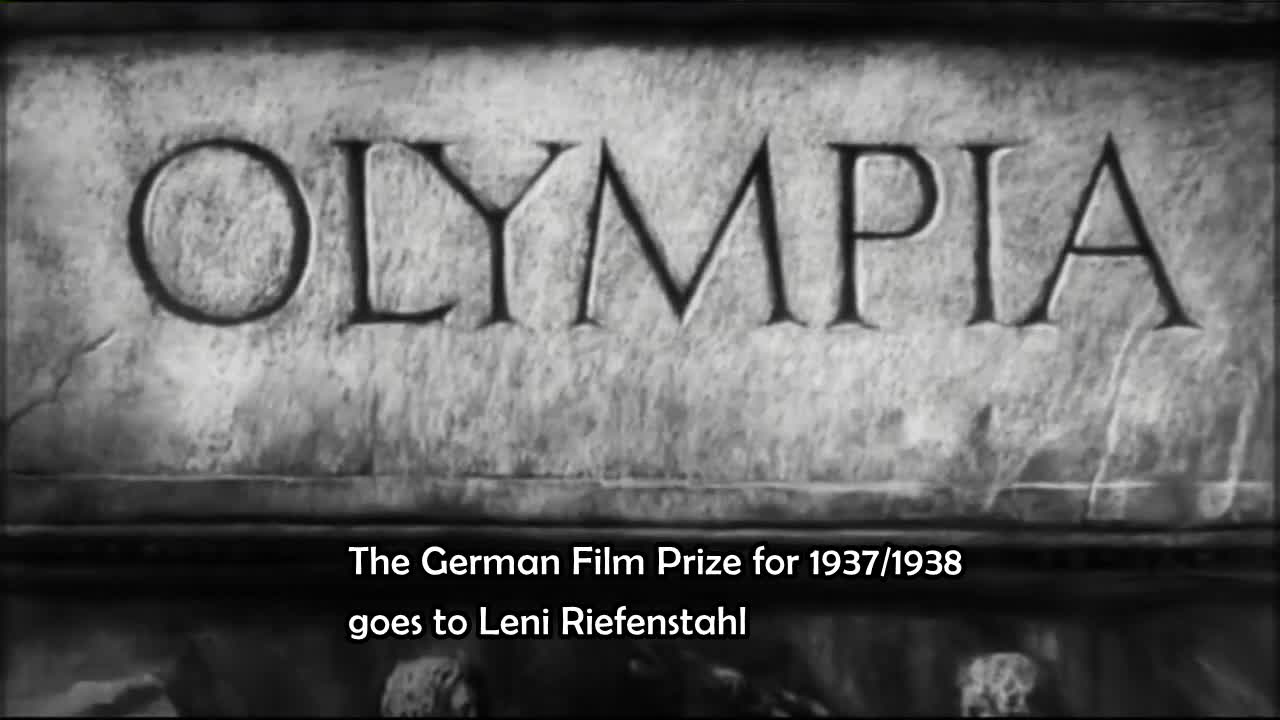 THIRD REICH - Goebbels honors Leni Riefenstahl