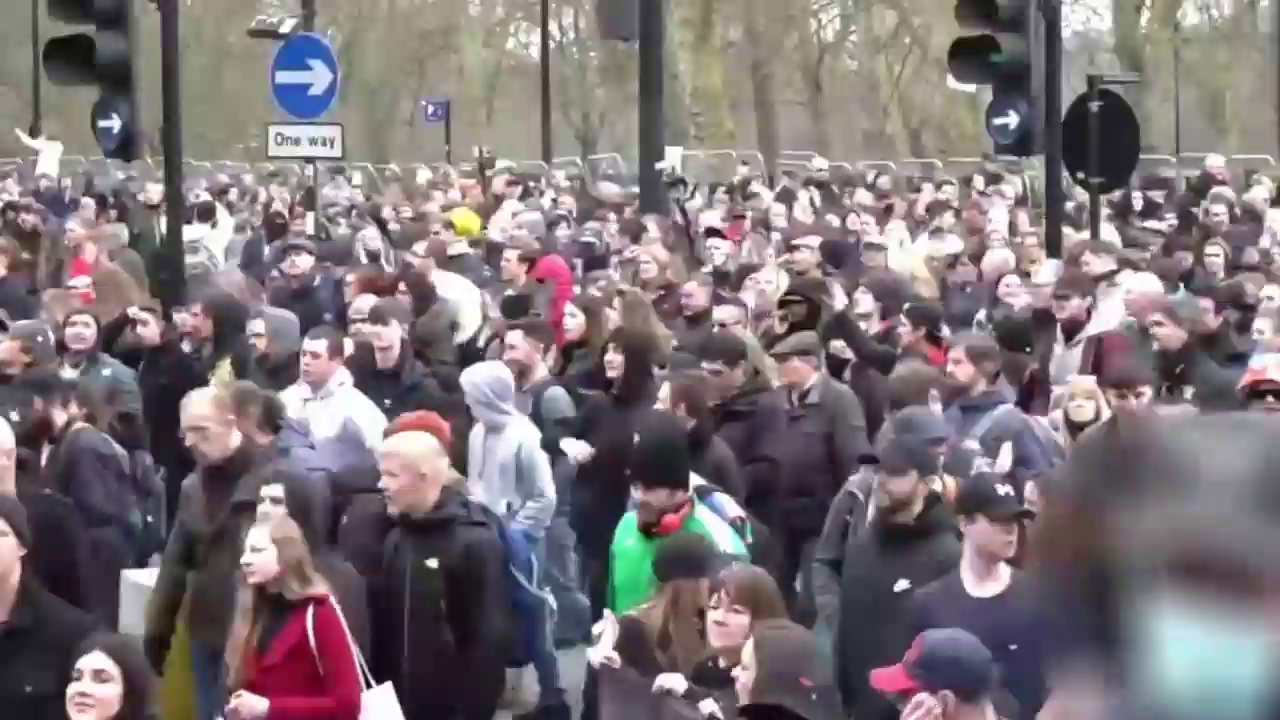 Streets of London packed to the rafters