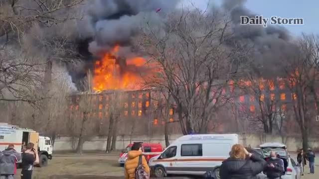 Massive Fire At Russia's Historic Saint Petersburg, Factory 1 firefighter killed & 2 hospitalized