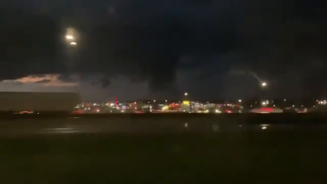 Texas: Tornado attempting to form over Forth Worth and Dallas area