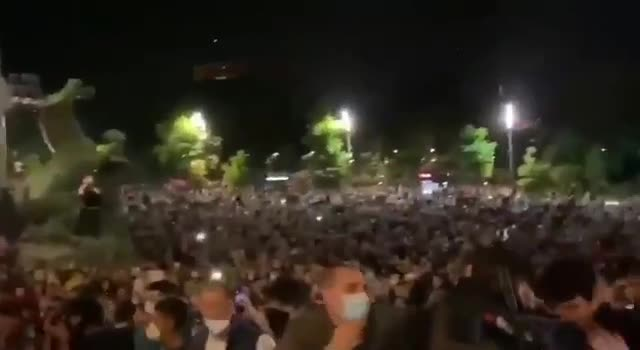 People Storming Parliament in Serbia - 4th April 2021
