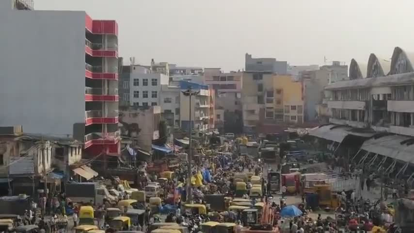 Filmed by a Resident in India - No Lockdown & No Panic - Stop Listening to MSM - Apr 30 2021