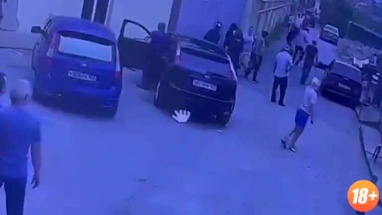 Man Kills 2 Shabbes Goyim Goons and Doesn't Feel Guilty [Adler, Russia]