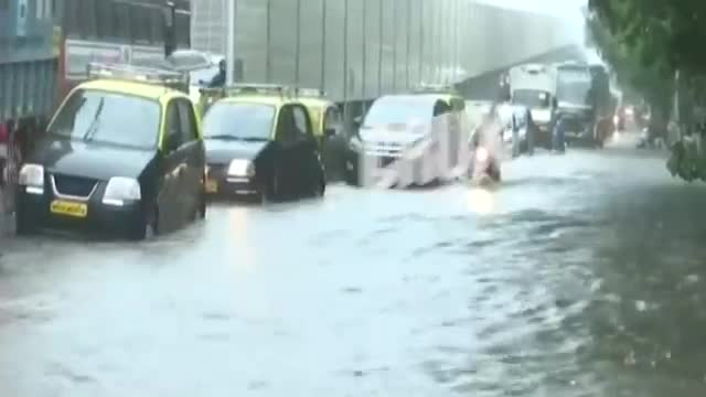 Mumbai | 11 Killed As Multiple Structures Collapse In Malad Amid Heavy Rains