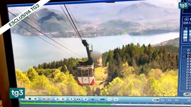 Catastrophic moment a cable car plummets killing all except a 5 year old child : A Father's Love to the very End