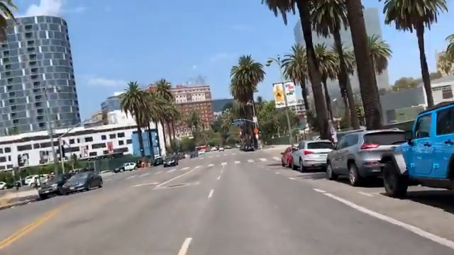 Christian preachers are mob assaulted by Antifa parasites in LA.  One man is beaten bloody with a skateboard