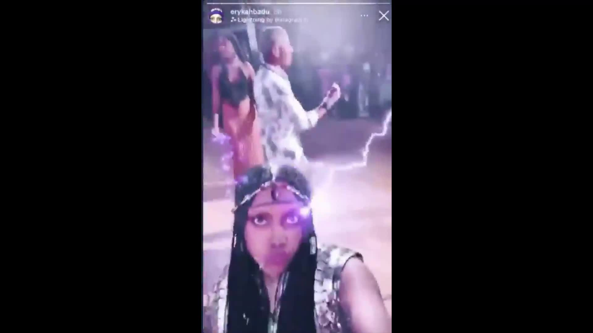 OBAMA INVITED 500 POLITICIANS AND CELEBS TO A PRIVATE BIRTHDAY PARTY AND GAVE THEM FREE WEED! THESE SAME POLITICIANS WANT YOU LOCKED DOWN AND YOUR KIDS TO BE MASKED!