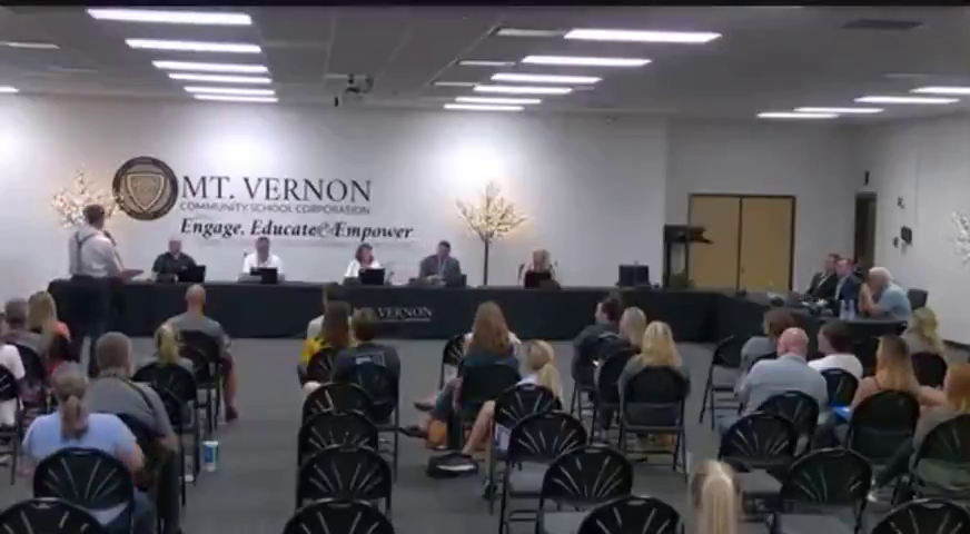 Doctor calls out CDC and school board at school board meeting with truth regarding covid and vaccine