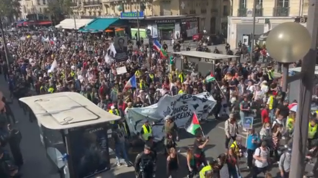11th Saturday in a row the French are out protesting against covid tyranny.