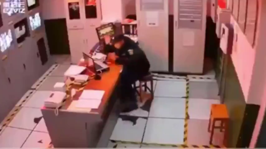 Cop drops dead on cctv after VAX.