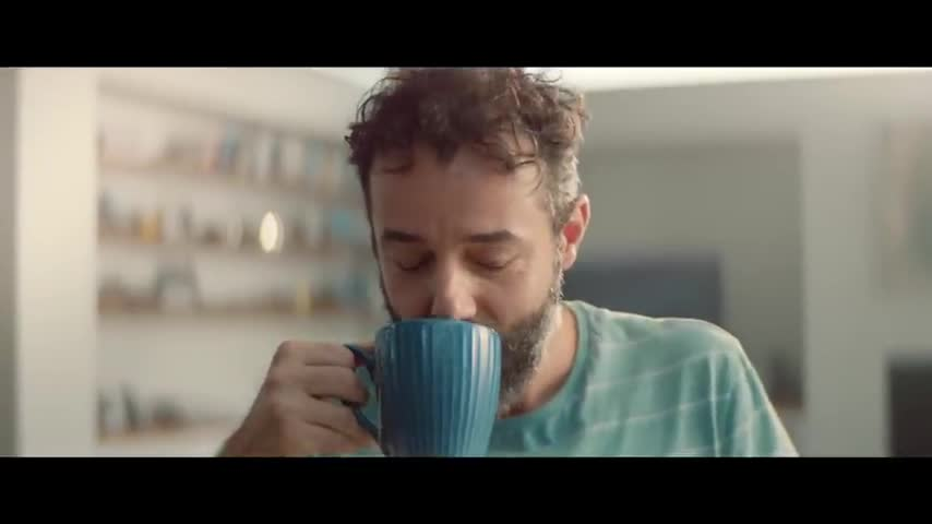 Glen 20 spray disinfectant ad shows guy disinfecting parcel that arrived. Clown World.