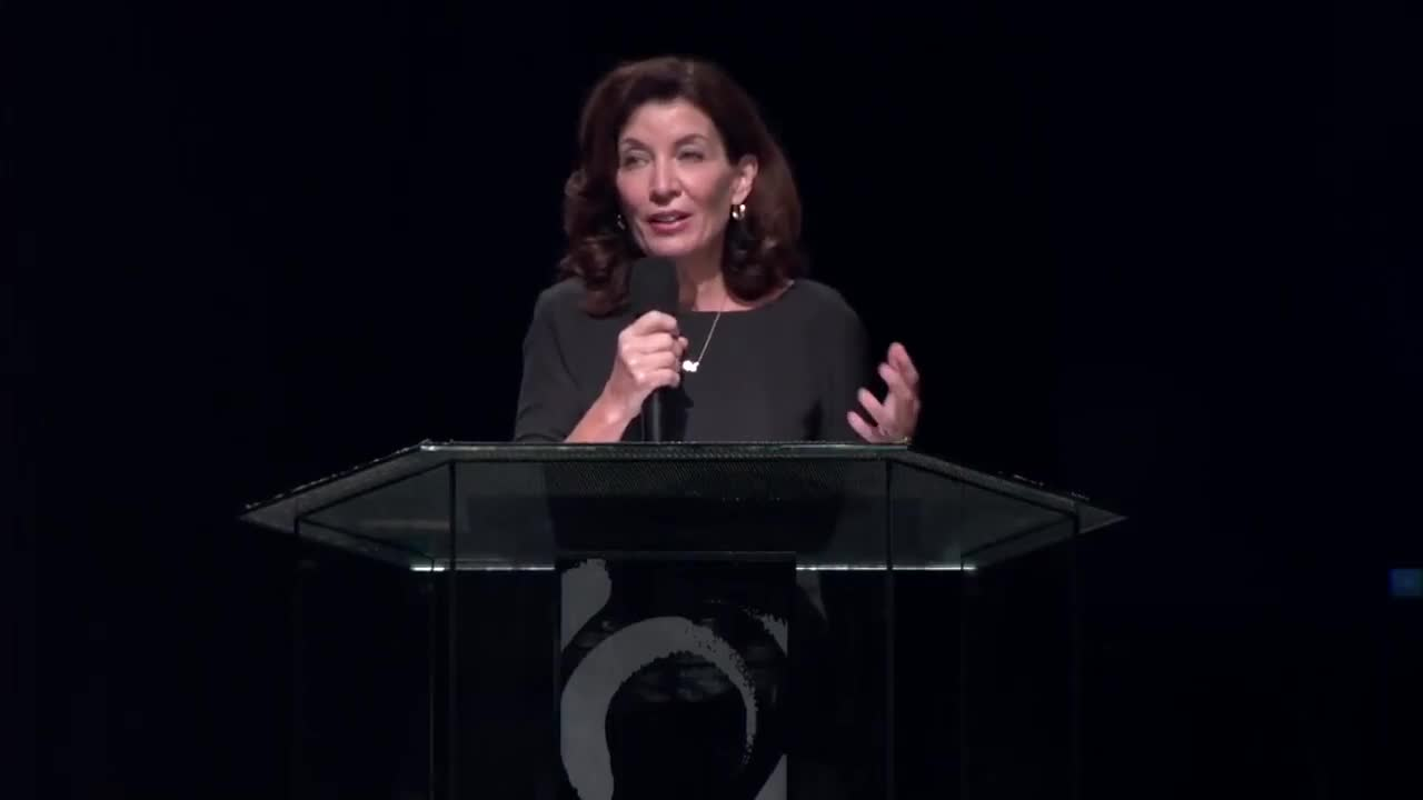 """Gov. Kathy Hochul At NY Church: """"Be My Apostles"""" To The Unvaccinated, """"Who Aren't Listening To God"""" (Video)"""