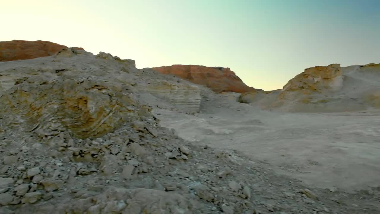 How a Meteor Killed the Dinosaurs and How we Know it Happened