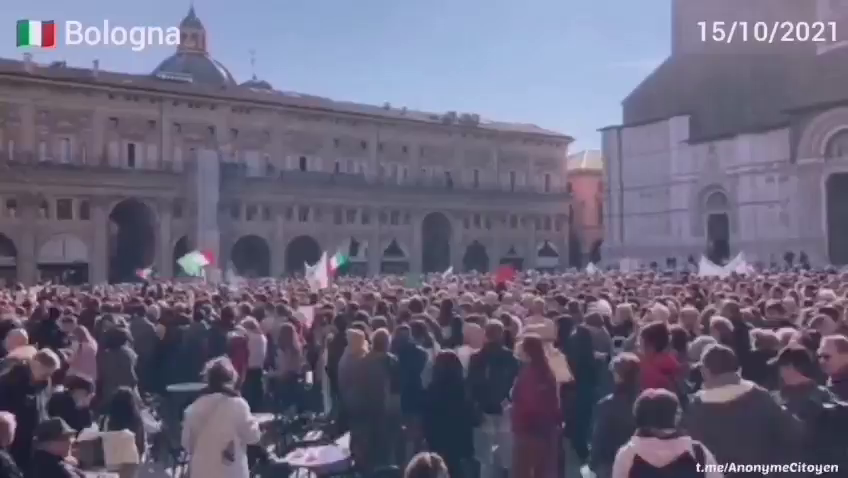 Tens of thousands of people demonstrated across Italy, setting up roadblocks in front of certain ports and warehouses.