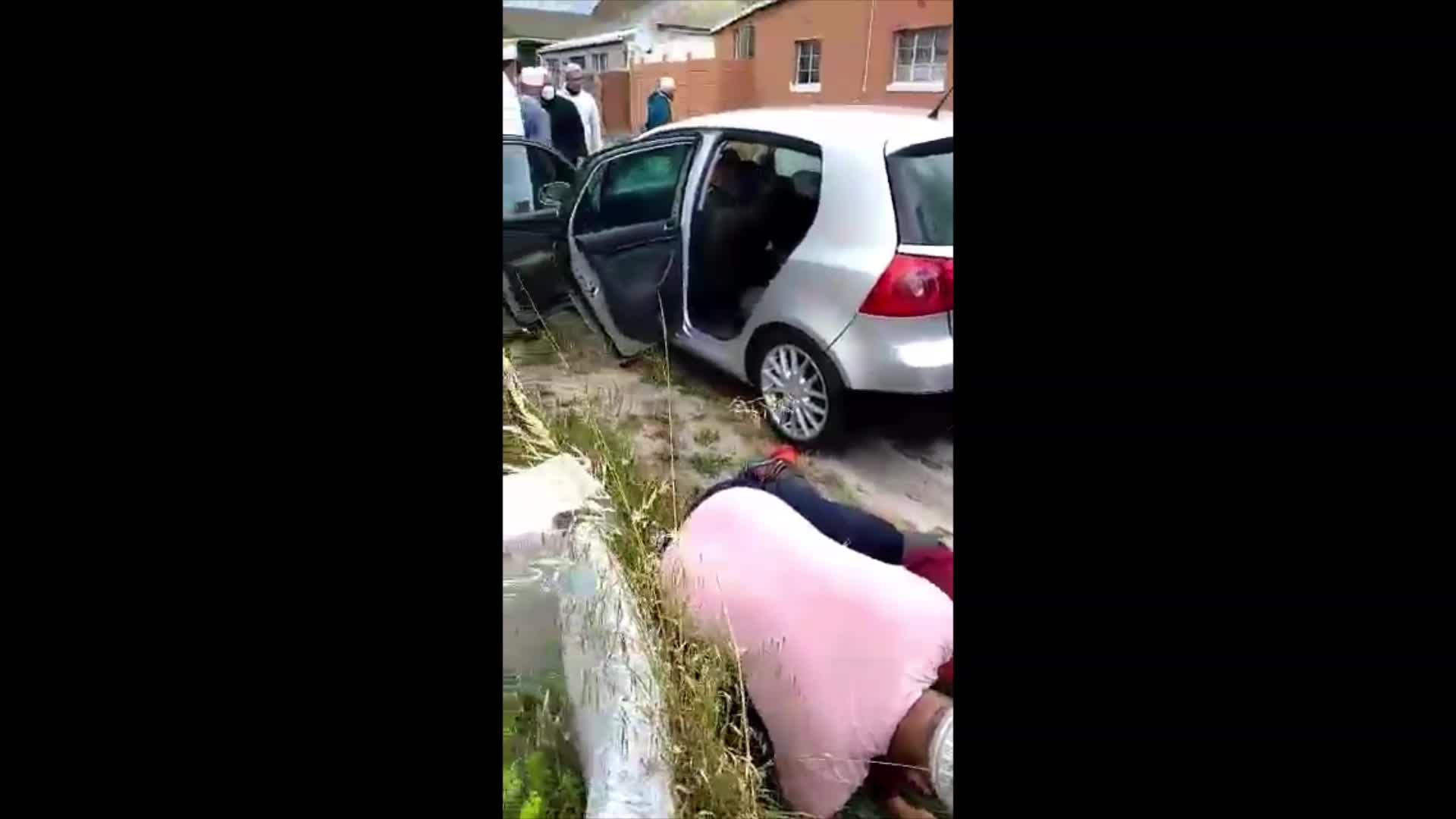 Cape Town gangsters do the world a favour and take each other out